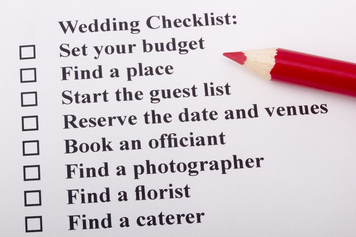 planning your wedding on budget with light in the box